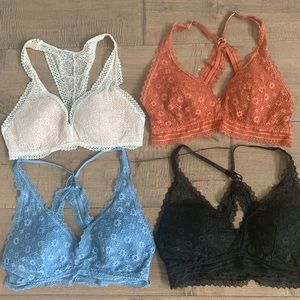 4 Victoria's Secret bralette's